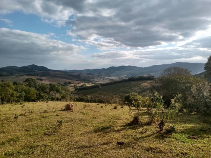Sítio A Venda Em São Thomé Das Letras no Rural Lagoa