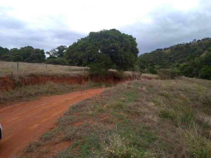 Venda De Terreno No Rural Vale Das Borboletas Em São Thomé Das Letras-MG